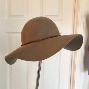 D&Y Light Brown Floppy Wool Hat